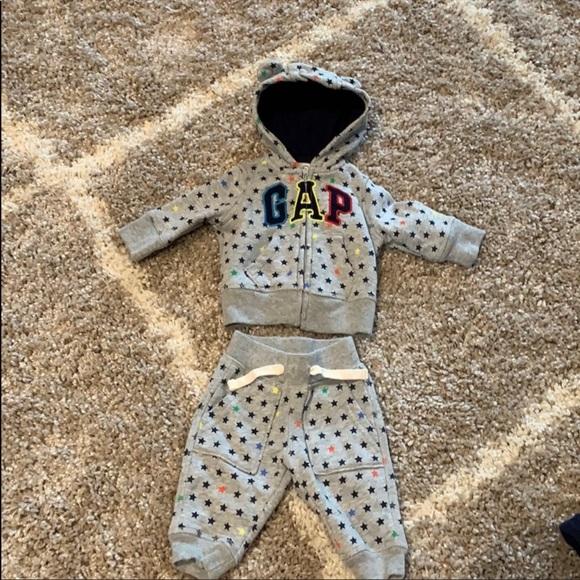 🆕Baby Gap- matching sweatsuit